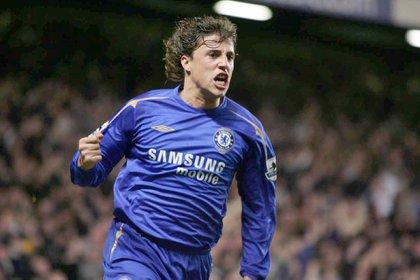Hernán Crespo no pudo demostrar todo su talento en Chelsea (Shutterstock)