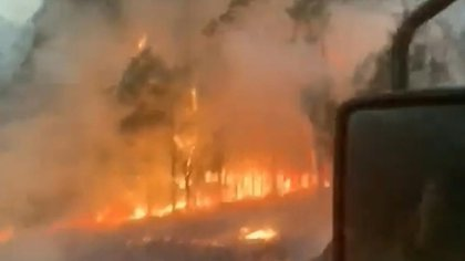 El gobierno de Australia desplegó el lunes reservistas del ejército en las zonas devastadas por los incendios forestales en tres Estados, y anunció fondos por 1.400 millones de dólares en dos años en ayudas.