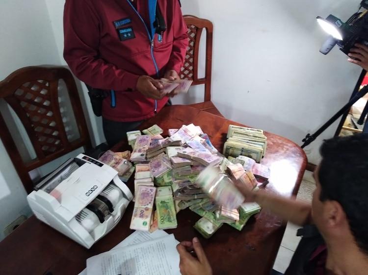 Se encontraron siete millones de pesos