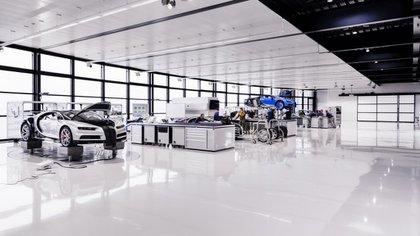El Bugatti Chiron tiene un precio de 2,4 millones de euros. Se hará una edición exclusiva de 500 ejemplares