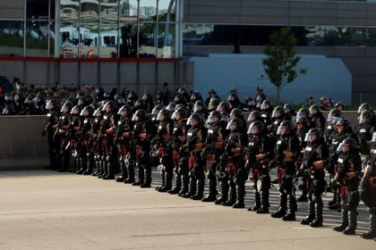 La Guardia Nacional confirmó la movilización de 5.000 efectivos en 15 estados para contener las protestas (REUTERS/Lucas Jackson)