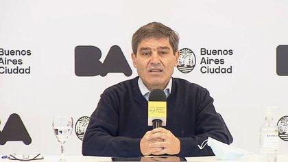 Quirós habló sobre la atención a los adultos mayores en la Ciudad de Buenos Aires