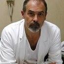 El doctor Spartaco Siani es el profesional a cargo de la experimientación (Foto: gentileza