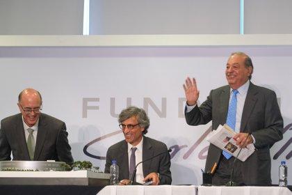 La Fundación Carlos Slim anunció también apoyos para los estudiantes de escuelas públicas (Foto: Cuartoscuro)