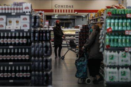 Los precios de los alimentos aumentarán por la actualización de los acuerdos de precios (EFE/Juan Ignacio Roncoroni)