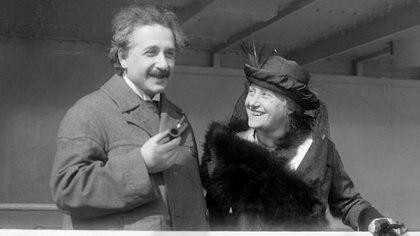 Albert Einstein y su prima Elsa Lowenthal Einstein fueron amantes hasta que el físico se separó de su esposa (Shutterstock)