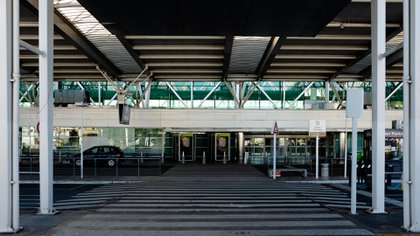El Aeropuerto Internacional de Ezeiza en tiempo de pandemia (Adrián Escandar)