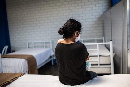 Con relación a la vacunación a personas que se encuentran amamantando -señalaron-, todos los estudios de investigación excluyeron a la población de niños, embarazadas y puérperas lactando (EFE/Sergi Rugrand/Archivo)