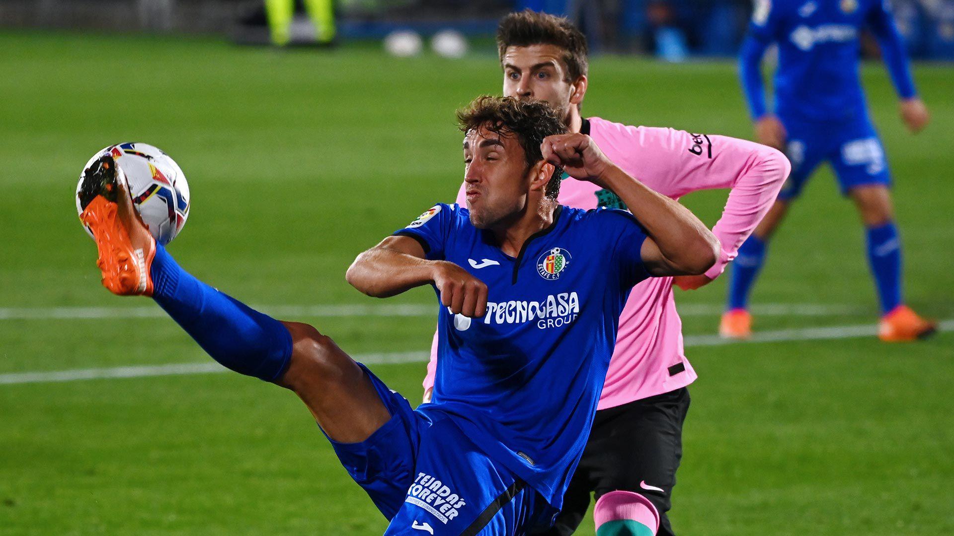 Pique enojado con sus compañeros del Barcelona