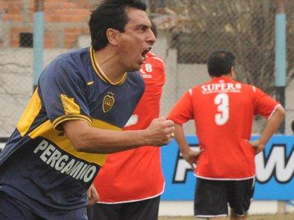 Graciani gritó goles hasta jugando para el equipo Senior de Boca (NA)