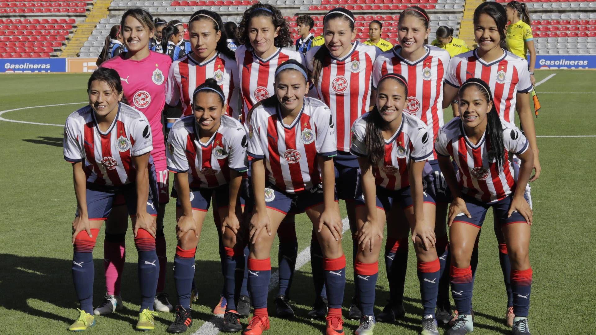 Chivas Femenil informó que hay tres casos positivos en su plantel (Foto: Twitter/ @ChivasFemenil)