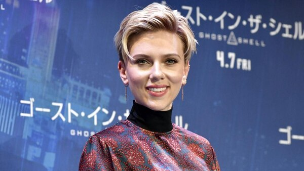 Scarlett Johansson interpretará a un hombre transgénero en el filme, Rug & Tug