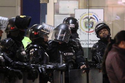 Bogotá. En los despachos judiciales del centro de Bogotá, funcionarios de los juzgados civiles y de familia mantienen el cese de actividades. (Fotos Colprensa - Luisa González).