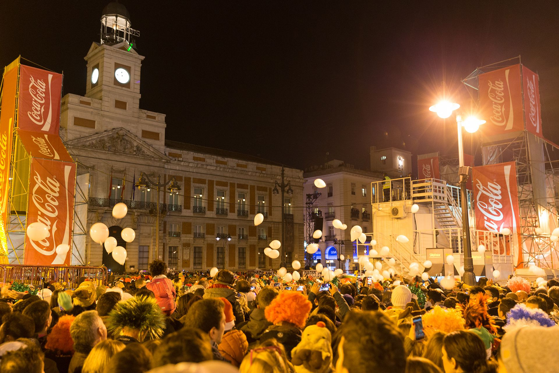 La Puerta del Sol se convierte cada año en el epicentro de la Nochevieja para todo el país (Shutterstock)