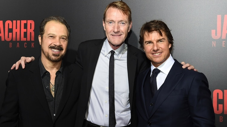 El director Edward Zwick, el escritor Lee Child y el actor Tom Cruise (Getty Images)