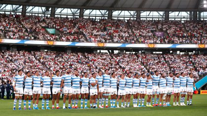 Rugby Union - Rugby World Cup 2019 - Pool C - England v Argentina - Tokyo Stadium, Tokyo, Japan - October 5, 2019 Argentina players line up for the national anthem REUTERS/Issei Kato