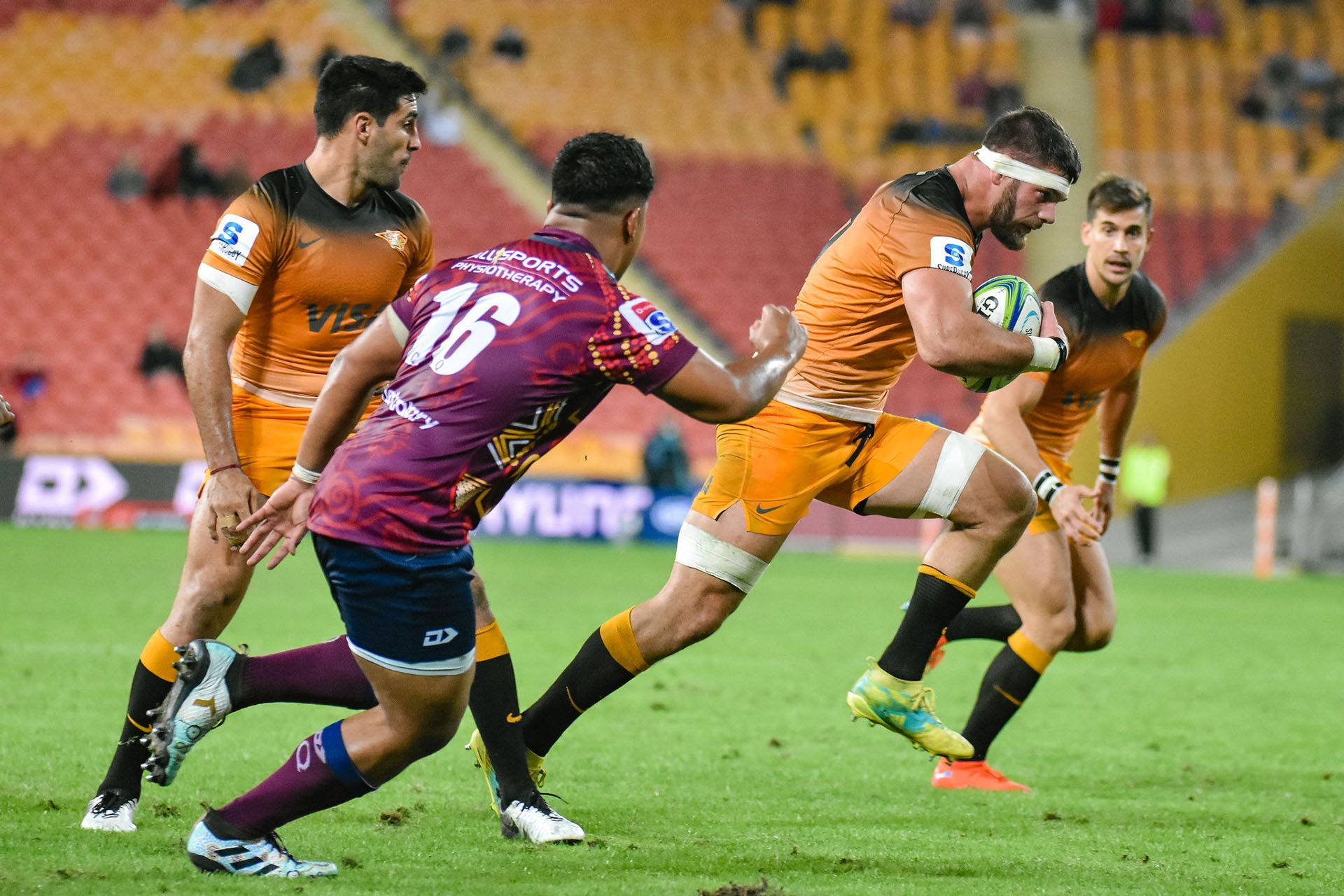 during the Super Rugby Round 16 match between Queensland Reds and the the Jaguares at Suncorp Stadium on June 1, 2019 in Brisbane, Queensland, Australia. (Photo by Stephen Tremain) (@jaguaresarg)