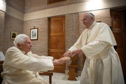 Francisco y Benedicto se reunieron en noviembre (Reuters)
