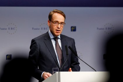 El presidente del Bundesbank, Jens Weidmann, ofrece una conferencia de prensa en Fráncfort (REUTERS/Ralph Orlowski)