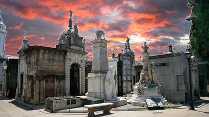 El cementerio de Recoleta ubicado en el corazón de Recoleta, es uno de los más prestigiosos en el mundo