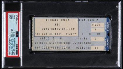 El ticket que vendieron del primer partido oficial de Michael Jordan con los Bulls