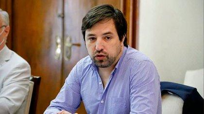 El viceministro de Salud bonaerense, Nicolás Kreplak, ya no descarta una vuelta a la Fase 1. (Instagram @nkreplak)