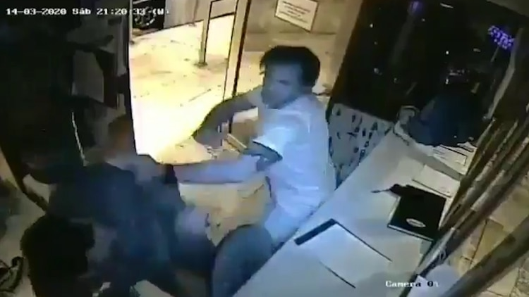 El hombre que no cumplió cuarentena y atacó a guardia de seguridad Vicente López