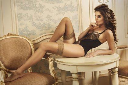 Los bodys también son algunas de las prendas de lencería más pedidas por las mujeres (Shutterstock)