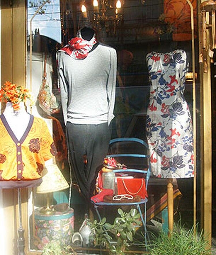 Dónde vender la ropa que está en desuso - Infobae 0951229f56b