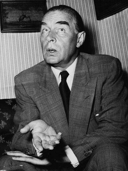 Erich Maria Remarque, escritor alemán símbolo de la generación de entreguerras. Falleció en 1970 en Suiza (Getty)