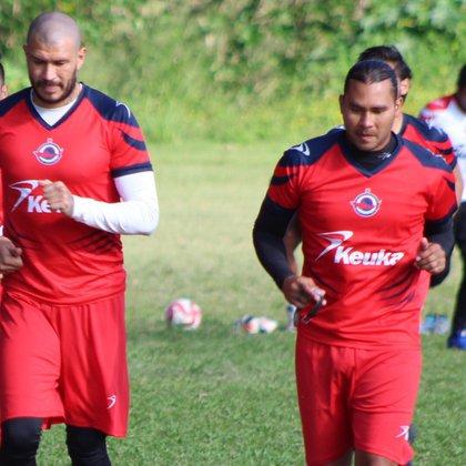 Gullit Peña y Chatón Enríquez, dos mexicanas que jugaron en Europa, tuvieron una mala recuperación con CFV Tiburon (Foto: Instagram / cvftiburon)
