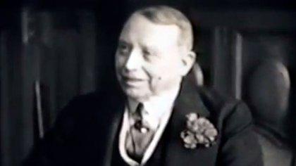 Simón Patiño, empresario boliviano enriquecido a costa de la explotación de los indios convertidos en obreros para extraer el estaño del Cerro Rico
