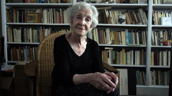 La poetisa ha sido galardonada con numerosos premios durante su carrera