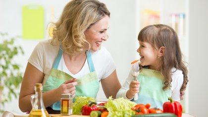 Una dieta variada también debe serlo en la composición de sus colores. Cuantos más colores, más vitaminas y minerales nos aportan