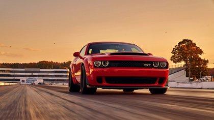 Varios modelos del Dodge Challenger fueron preparados para superar los 600 caballos de potencia (Dodge)