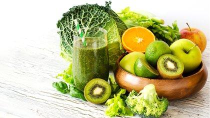 Las verduras, frutas y sus colores son fundamentales en la alimentación (Shutterstock)