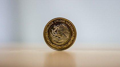 Moneda de 20 pesos conmemorativa del Ejército se cotiza en línea en más de 4,800 pesos