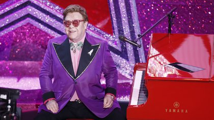 Elton John. EFE/EPA/ETIENNE LAURENT/Archivo