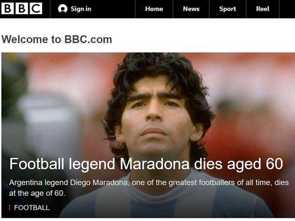 La cadena británica BBC también abrió su portal con la noticia de la muerte de Diego Maradona