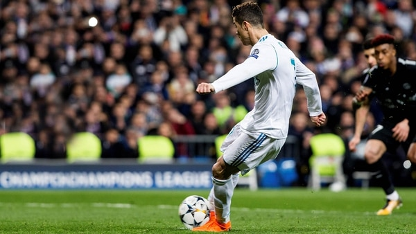 El penal de Cristiano Ronaldo ante el PSG (EFE)