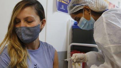 Estas son las primeras empresas en Colombia que están dispuestas a comprar vacunas contra el covid-19