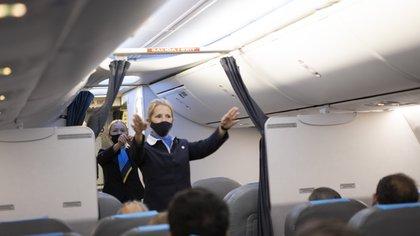 Un vuelo de Aerolíneas Argentinas con el nuevo protocolo