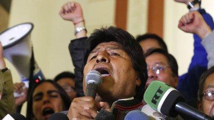 Evo Morales se presentó ante sus seguidores en el Palacio Presidencial (AP Photo/ Jorge Saenz)