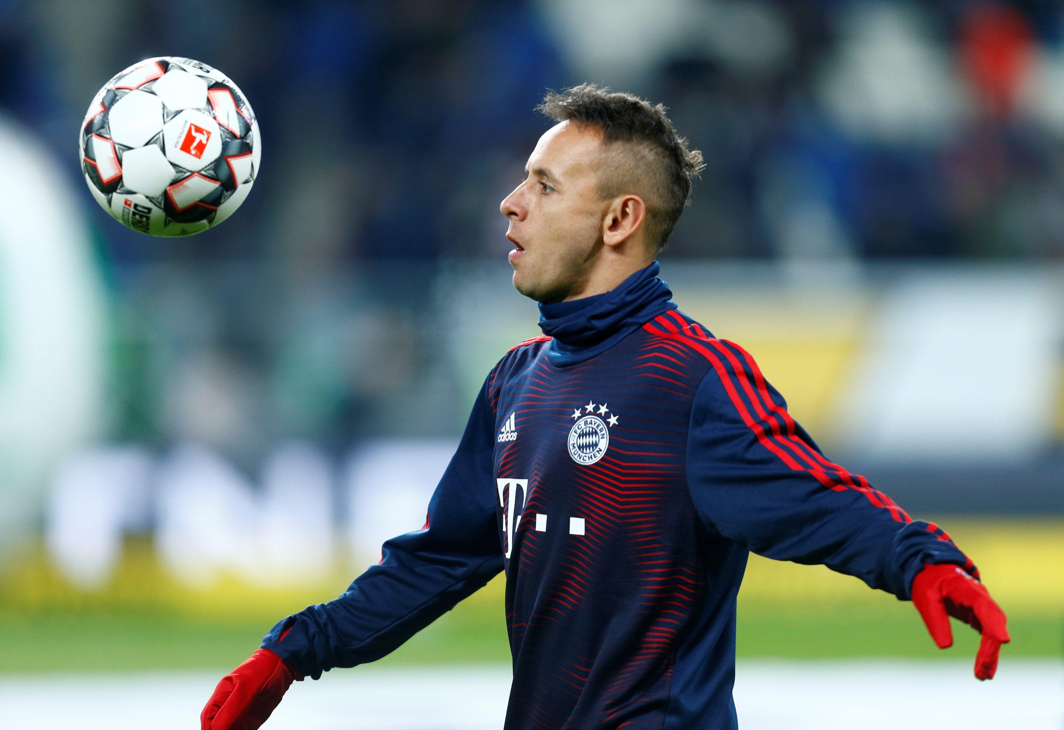 El lateral, en su paso por el Bayern Múnich, donde consiguió 18 títulos (REUTERS/Ralph Orlowski)