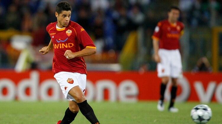 Tras su paso por el Real Madrid, Cicinho jugó en el AS Roma (Shutterstock)
