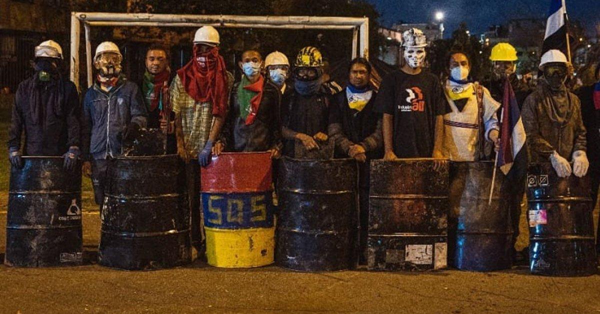 Miembros de Primera Línea en Bogotá habrían creado un partido político -  Infobae