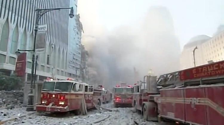 Los bomberos que trabajaron en la zona, así como los integrantes de los equipos de rescate, tienen hoy un 20% más de posibilidades de padecer cáncer (Foto: captura de video CBS/ Mark Laganga)