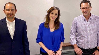 Lilly Téllez con Mauricio Kuri y Marko Cortés del PAN (Foto: Twitter / @makugo)
