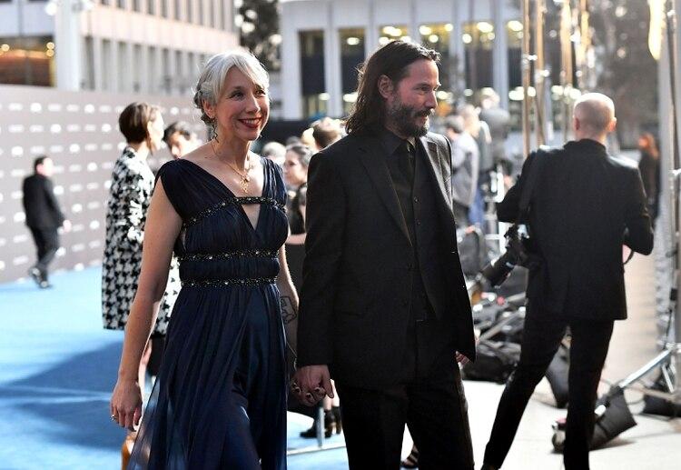 Keanu Reeves y Alexandra Grant en la gala del LACMA, en Los Ángeles