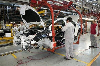 El complejo automotriz opera a la tercera parte de su potencial productivo